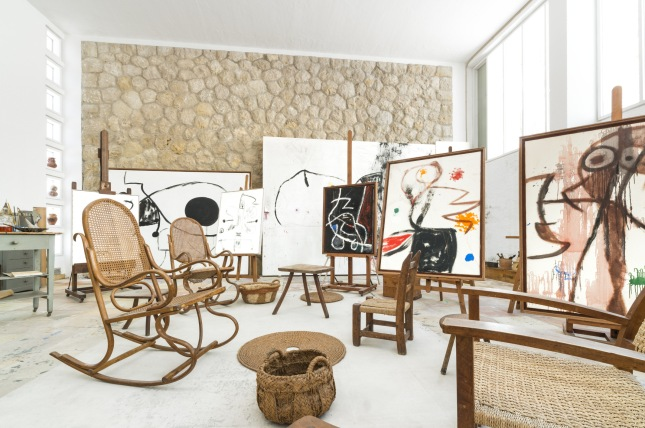 Atelier Sert. Fundació Pilar i Joan Miró. © Successione Miró by SIAE 2014. Photo: © Joan Ramón Bonet & David Bonet.