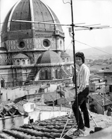 Marco Lusini as photographer on location – Florence 1960s – Private Collection